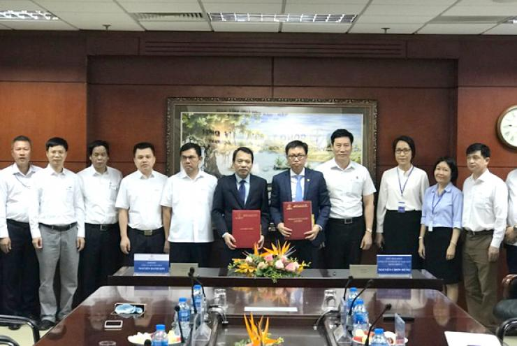 EPTC signed Power Purchasing Agreements with PECC2 and SSC